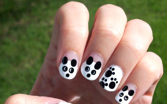 panda black and white manicure